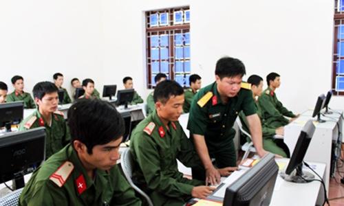 Thí sinh đăng ký NV1 vào trường quân đội trước khi thi THPT Quốc gia 2016