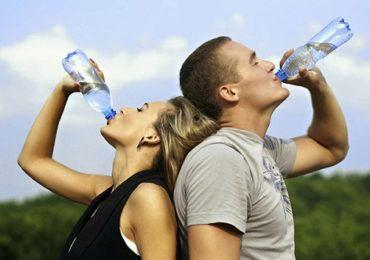 Thường xuyên uống nước