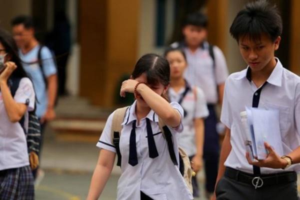 """Thế hệ 2k1 sẽ """"cõng"""" bao nhiêu áp lực trên lưng trong kỳ thi THPT Quốc gia?"""