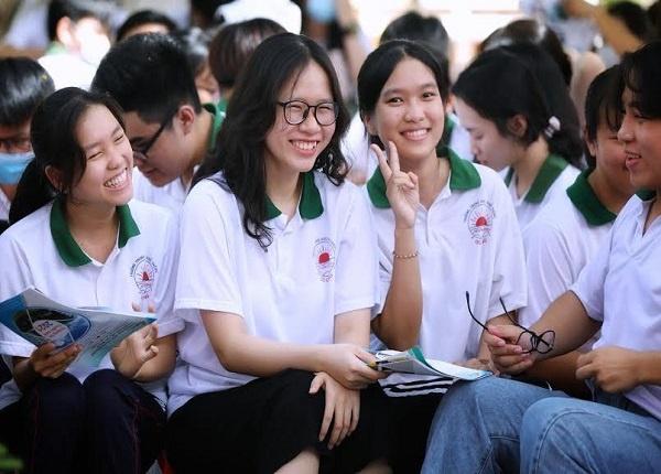 <center><em>Học sinh chuẩn bị bước vào kỳ thi tốt nghiệp THPT năm nay</em></center>