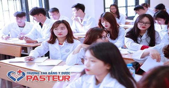 Những phẩm chất cần có để sinh viên Cao đẳng Dược ứng tuyển vào công ty dược