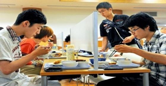 Cẩm nang chăm sóc sức khỏe tốt cho sinh viên