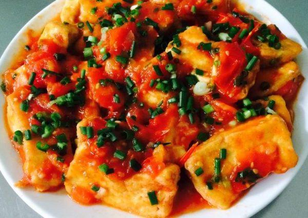 Đậu hũ (phụ) sốt cà chua