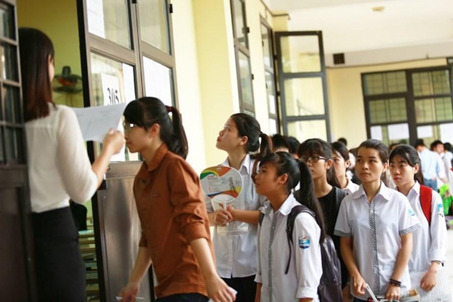 Trường đầu tiên thông báo tuyển sinh lớp 10 năm 2018