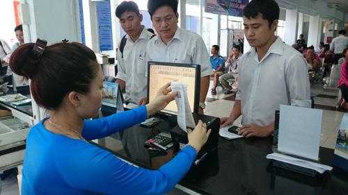Cảnh báo sinh viên tránh mua phải vé tàu Tết giả tràn lan trên mạng