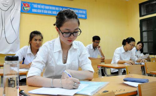 Học sinh gấp rút ôn luyện cho kỳ thi THPT Quốc gia