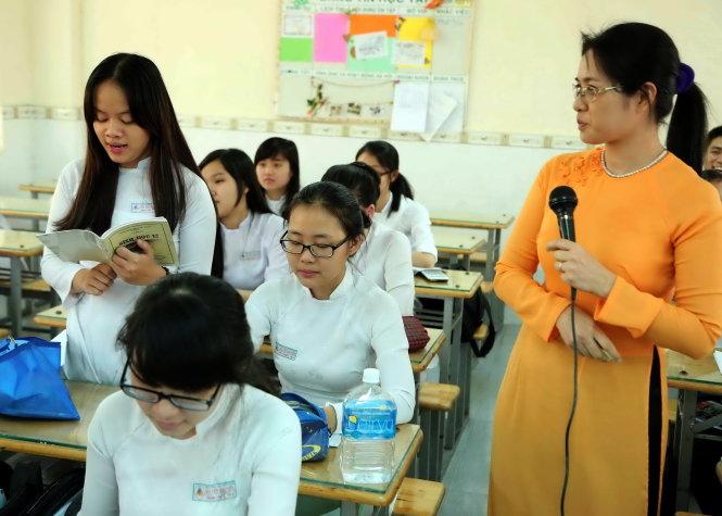 Học sinh và giáo viên vẫn ngóng trông Bộ GD&ĐT công bố đề thi minh họa