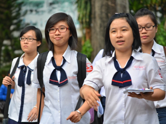 Những đối tượng dự thi chương trình Tiếng Anh tích hợp